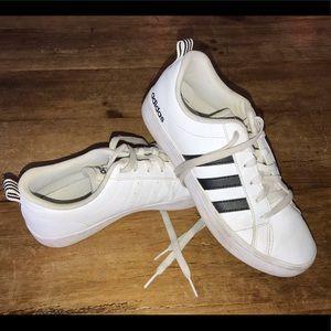 Adidas Superstar Sneakers White Tennis Shoe SZ 6.5